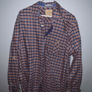 Size M Tommy Bahama Button Down Shirt